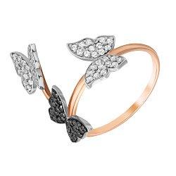 Золотое кольцо в красном цвете с черными и белыми фианитами 000080781