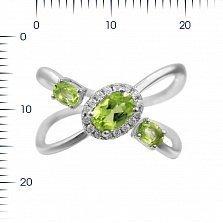 Серебряное кольцо Пластичность и грация с хризолитом и фианитами