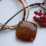 Колье-трансформер с сердоликом, цитрином и родолитом Тоффи на шелковом шнурке