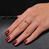 Золотое кольцо  с бриллиантом  Невесомость