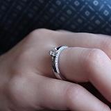 Кольцо из белого золота Асвелина с фианитами