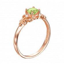 Узорное кольцо из красного золота с хризолитом и фианитами 000131342
