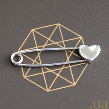 Серебряная булавка Глянцевое сердце 000051772
