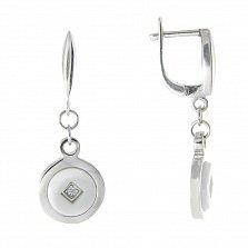 Серебряные серьги-подвески Эрна с белой керамикой и фианитами
