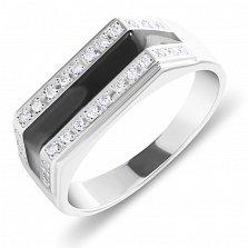 Серебряный перстень-печатка Стильный образ с двумя дорожками из белых фианитов и черной эмалью