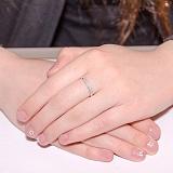 Обручальное кольцо Счастье любимой в белом золоте с фианитами
