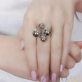 Серебряное кольцо Шары 000007289