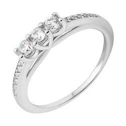 Серебряное кольцо с фианитами 000118387