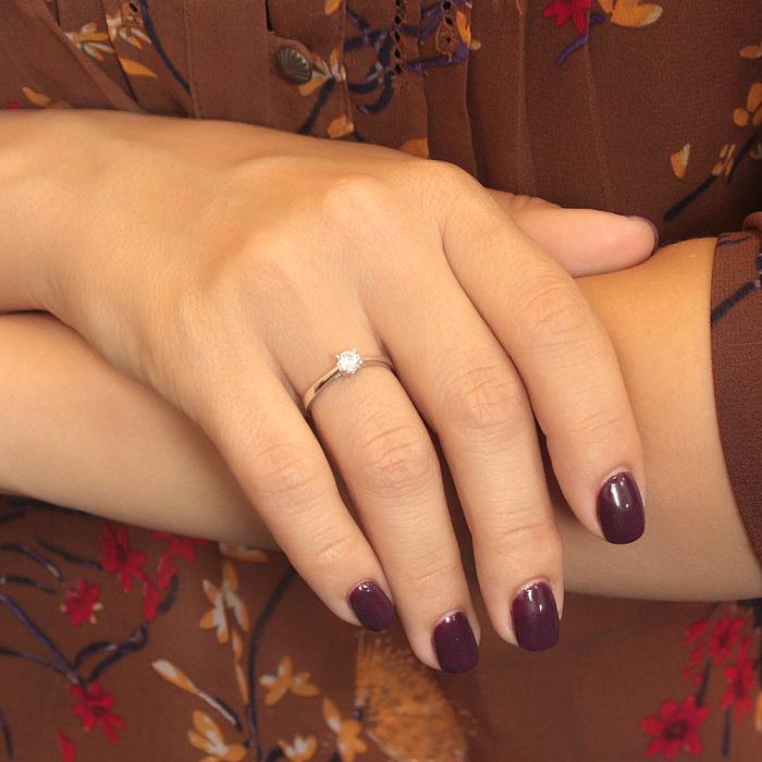 Золотое кольцо Альмира в белом цвете с цирконием 000080020
