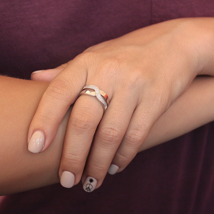 Серебряное кольцо Вивьен с фианитами 000030908