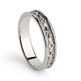 Кольцо из белого золота Сладкая вечность