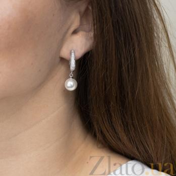 Серебряные серьги-подвески Лола с искусственным жемчугом и фианитами 000080203