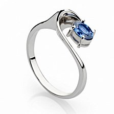 Кольцо из белого золота с синим сапфиром Честер
