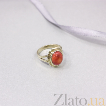 Золотое кольцо Осенние краски с завальцованным красным кораллом 000093965