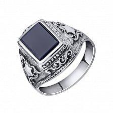 Серебряный перстень-печатка Артур с черным ониксом и узорами на шинке