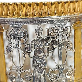 Серебряный подстаканник с позолотой Фемида 1318