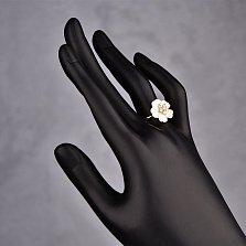 Золотое кольцо Циния с белыми перламутром и фианитами