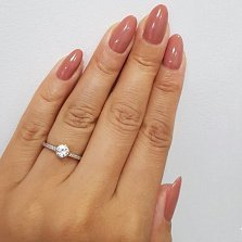 Серебряное кольцо Альдана с белыми фианитами