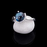Кольцо из белого золота Маделин с лондон топазом и бриллиантами