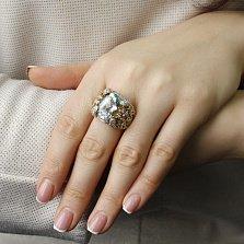 Золотой перстень Бриджит в желтом цвете с цветочками на шинке, аквамарином и бриллиантами