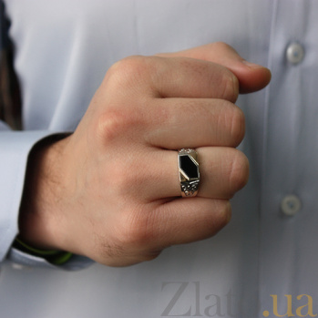 Серебряное кольцо-печатка с золотыми вставками и ониксом Аполлон BGS--419к