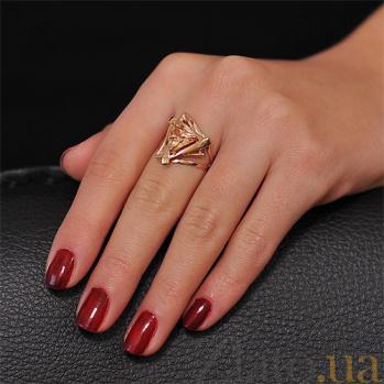 Золотое кольцо Триолетте с фианитом цвета шампань EDM--КД069Ш