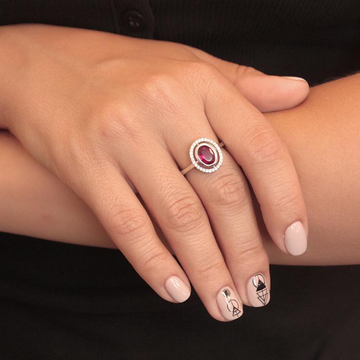 Серебряное кольцо Ульяна с рубиновым корундом и фианитами