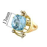 Золотое кольцо с топазом и бриллиантами Гроно