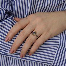 Золотое кольцо Крит в комбинированном цвете с сапфиром