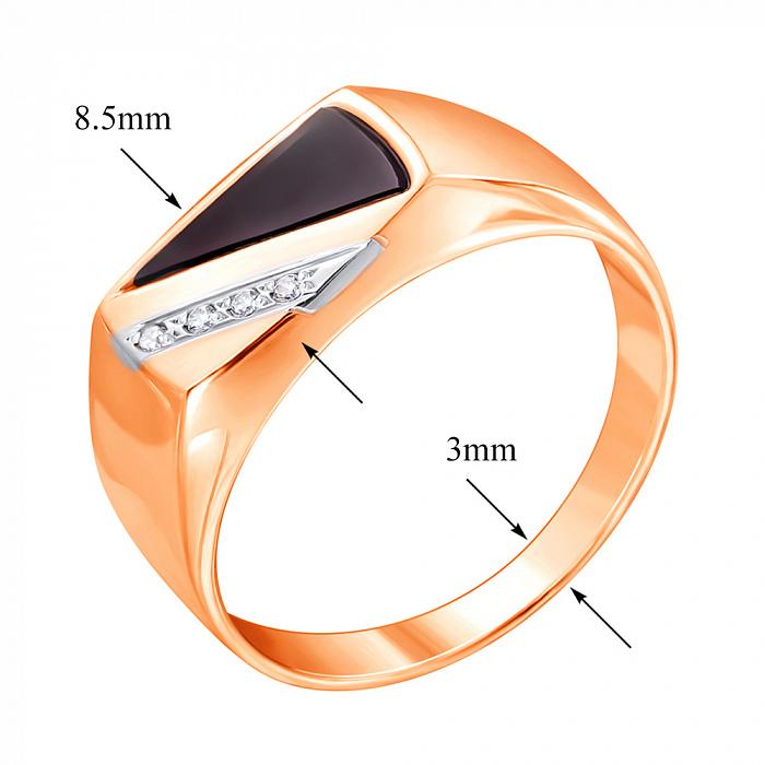 Золотой перстень-печатка в комбинированном цвете с цирконием и черным ониксом 000117642 000117642
