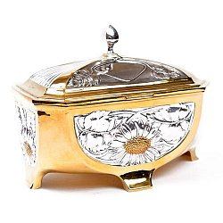 Серебряная шкатулка Ромашковый шик с позолотой