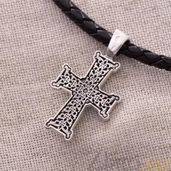 Серебряный крест с чернением НИКА ONX--131190