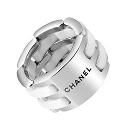 Серебряное кольцо с белой керамикой в стиле Шанель 000130346