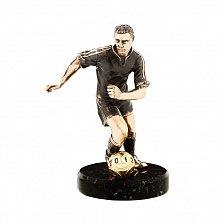 Бронзовая скульптура Футболист с мячом в позолоте на мраморной подставке