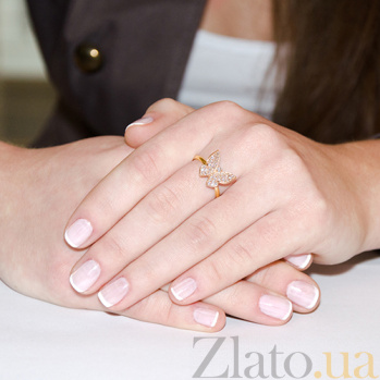 Кольцо в желтом золоте Парящая бабочка с фианитами 000023210
