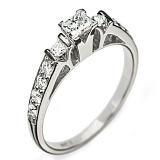 Золотое кольцо с бриллиантами Ивона