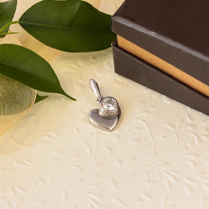 Серебряный кулон-сердце Мила с крупным завальцованны фианитом 000079075