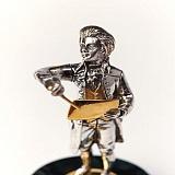 Серебряная статуэтка с позолотой Юный Моцарт
