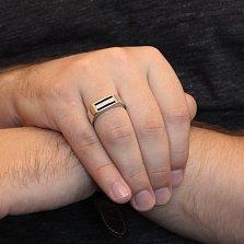 Серебряный перстень-печатка Джокер с черной эмалью и дорожкой белых фианитов