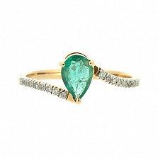 Золотое кольцо в красном цвете с изумрудом и бриллиантами Изабель