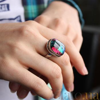 Серебряное кольцо с имитацией опала Фреска 000007035