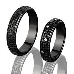 Мужское золотое обручальное кольцо Бархат ночи