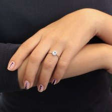 Золотое кольцо Светлое небо в красном цвете с белым цирконием