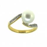 Золотое кольцо в жёлтом цвете с жемчугом и бриллиантами Войс