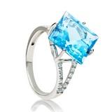 Серебряное кольцо с голубыми топазами Эрато