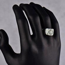 Серебряный перстень-печатка Принц с чернением, узорами и продольными ложбинками на шинке