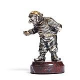 Серебряная статуэтка Часовщик