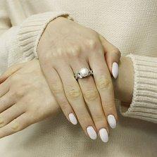 Серебряное кольцо Креолка с белым  жемчугом и фианитами