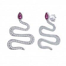 Серебряные серьги-пуссеты Блистающая змея с рубиновым и белым цирконием