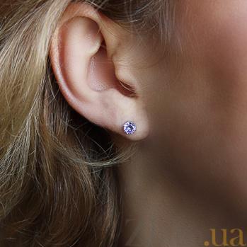 Серебряные серьги-пуссеты Наида с фиолетовым цирконием AUR--72236л/a